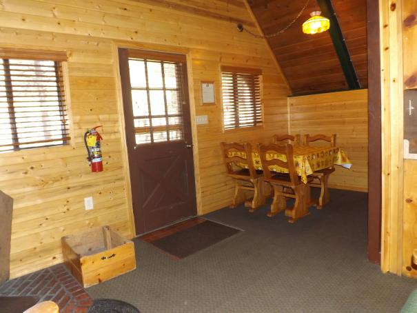 Cabin 12 DR.1