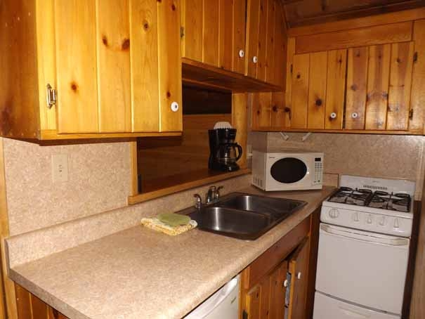 Cabin 12 New Kitchen