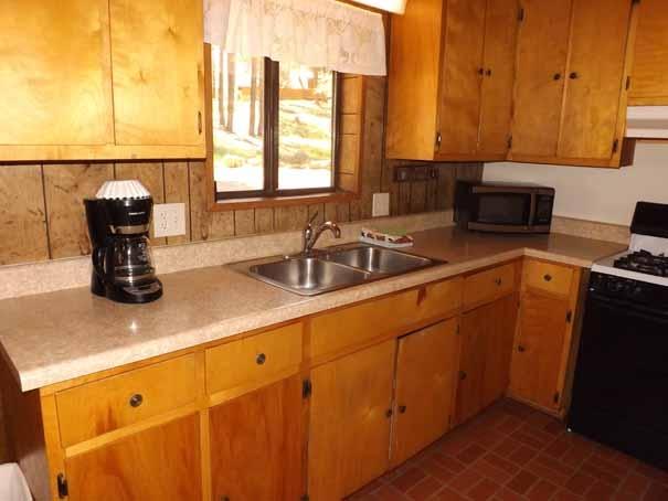 Cabin 14 - Kitchen.2