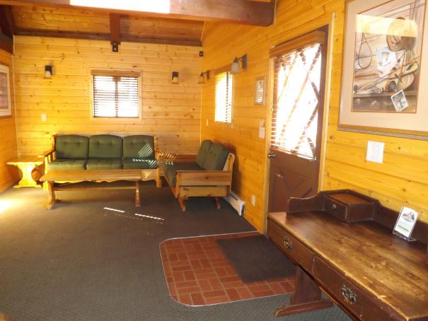 Cabin 14 LR.2