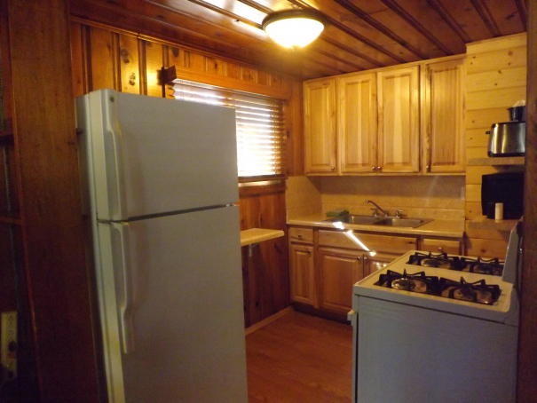 Cabin 2 Kitchen.2