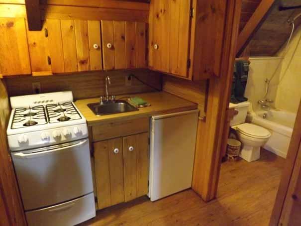 Cabin-8-Kitchen_edited-1