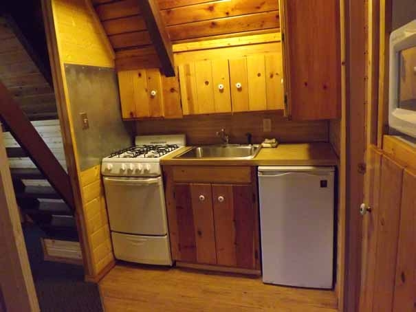 Cabin-9-Kitchen_edited-1