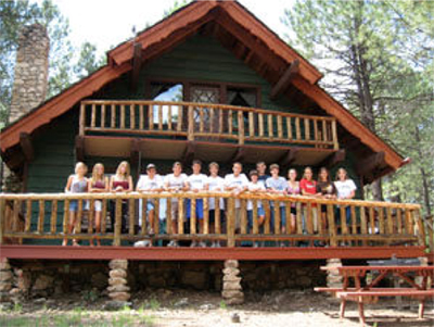 Our Flagstaff Cabins can accommodate large Groups.